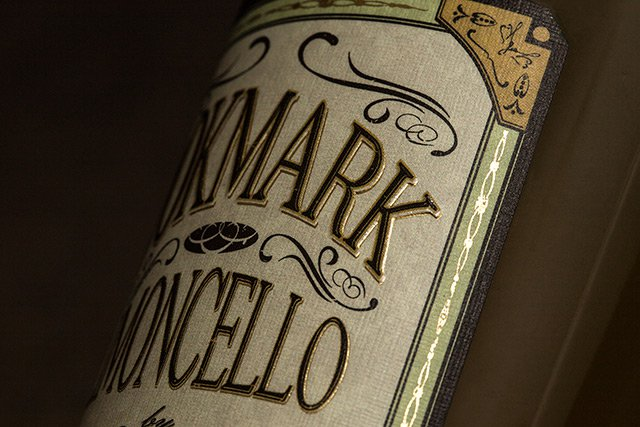 Temple-Distilling-Limoncello-Liqueur-detail-3