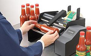 Semi-auto label machine