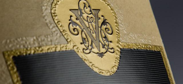 Custom pattern emboss edge