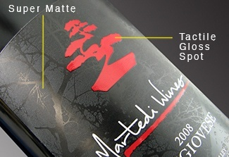 tactile gloss and super matte varnish on a wine label
